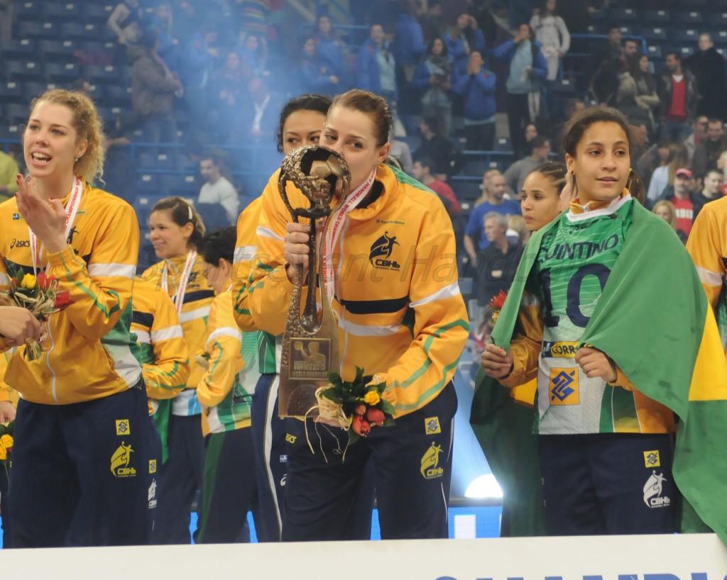 2012年のナシメントに続き、ブラジル人としては2人目の受賞者となったアモリン
