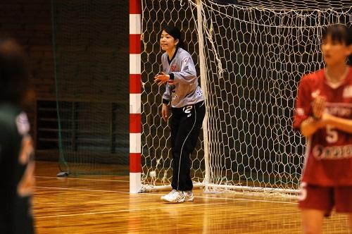 広島のゴールを守る板野は日本女子代表のメンバーに選ばれた