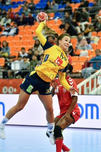 スウェーデンはパスをつないで得点へと結びつける技術力の高さを発揮した(写真はPlayer of the matchのラーゲルクヴィスト)